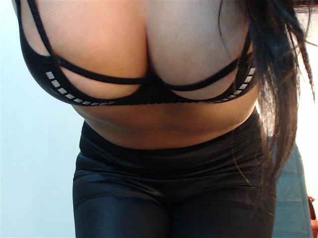 Leyla23